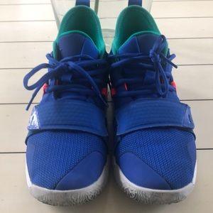 Nike Shoes - NIKE PG 2.5